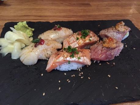 Aburi Sushi (Scallops, Salmon, Otoro)